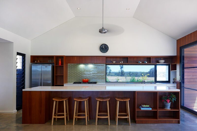 Modern Australian Farm House with Passive Solar Design (8)