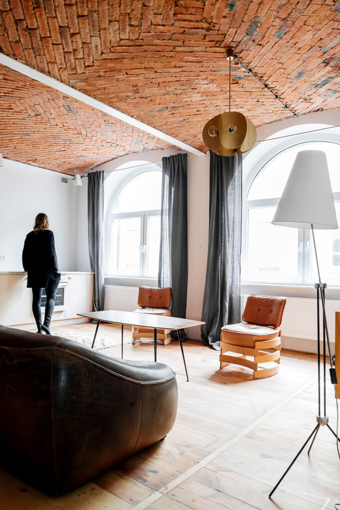Charismatic Loft Apartment in an Old Marmalade Factory (3)