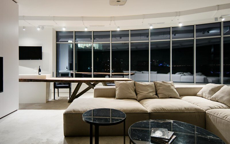7NebO Apartment has a Cozy Lounge Atmosphere (5)