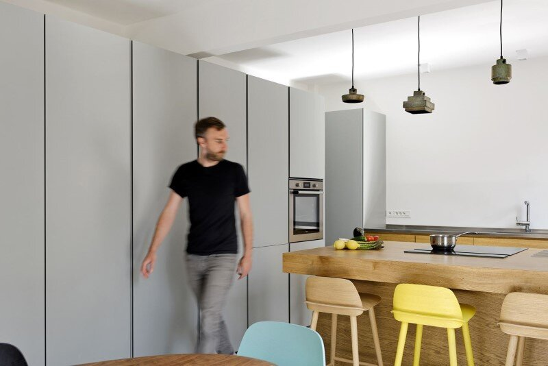 Maisonette Apartment by Ulli Heckmann and Eitan Hammer Paris (11)