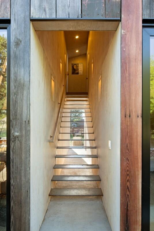 Meier Road Barn by Mork Ulnes Architects (14)