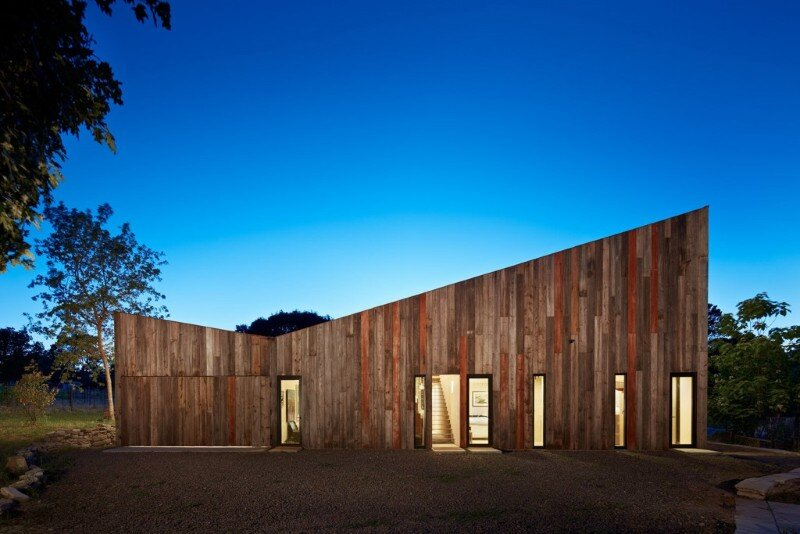 Meier Road Barn by Mork Ulnes Architects (5)