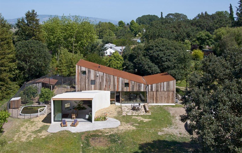 Meier Road Barn by Mork Ulnes Architects (9)