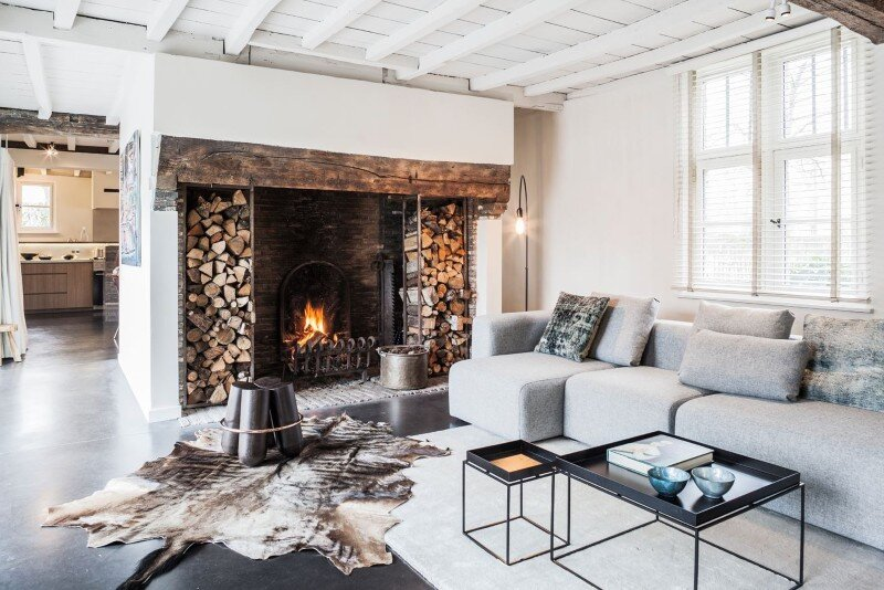 Old Farmhouse Renovation - The Perfect Balance Between Old and New (7)
