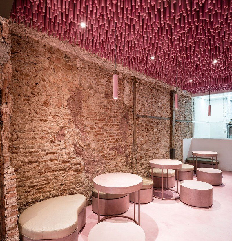 12,000 Pink Wooden Sticks Hanging from the Ceiling (4)