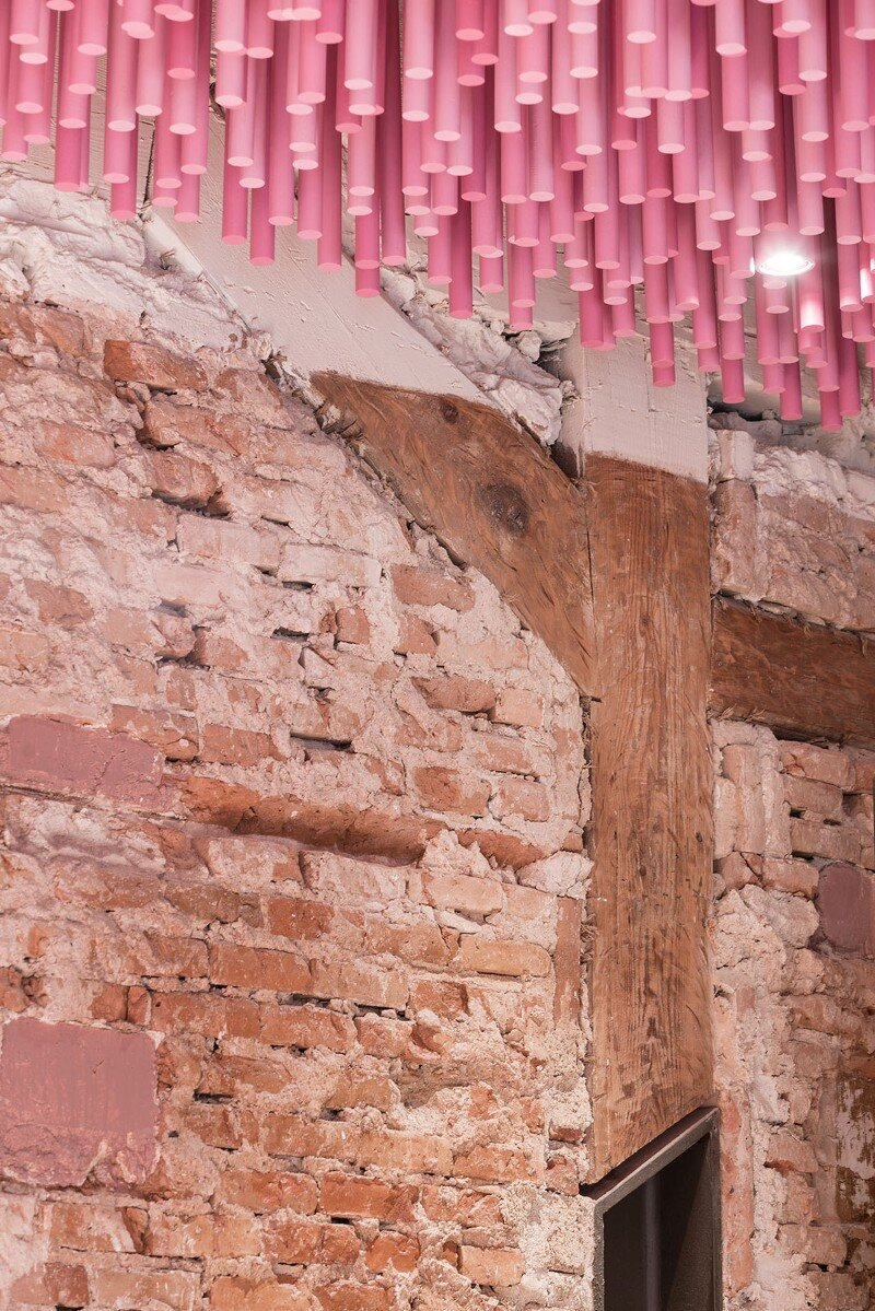 12,000 Pink Wooden Sticks Hanging from the Ceiling (8)