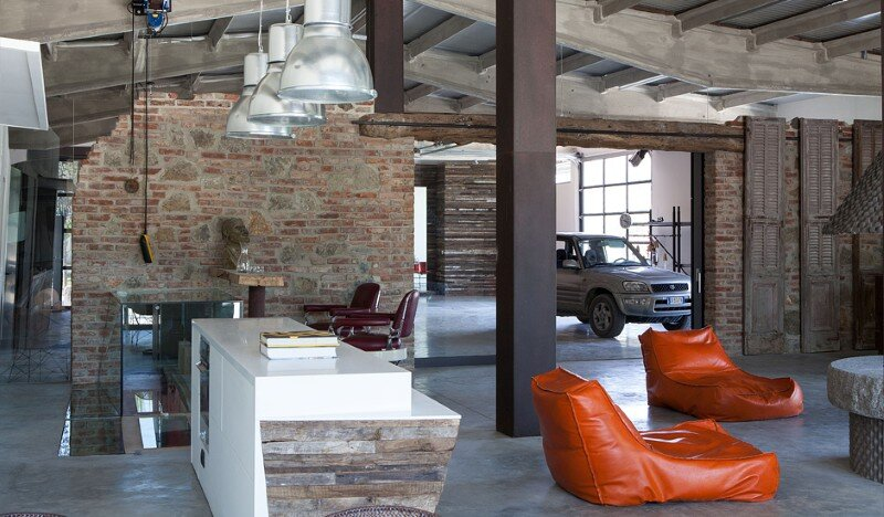 Art Hangar Modern Loft Built in the Middle of Tuscan Countryside (4)