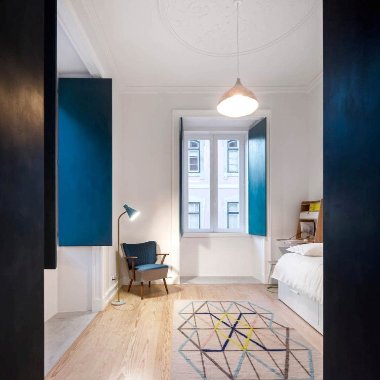 Chiado Apartment in Lisbon, Fala Studio (21)
