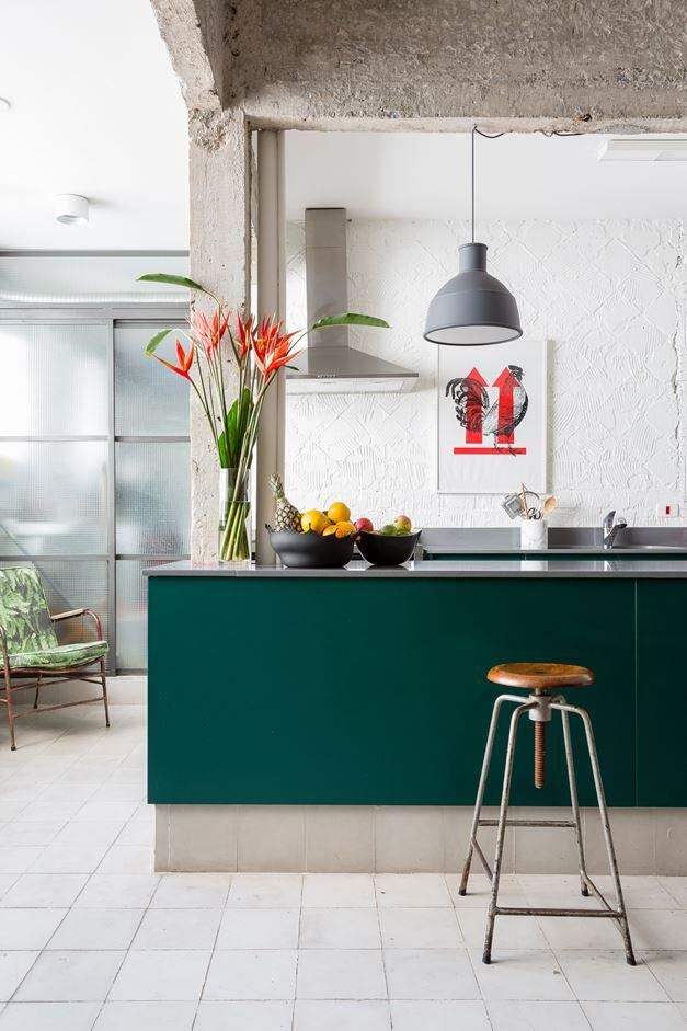 Stylish Brazilian Flat Displaying an Inspiring Eclectic Design (10)