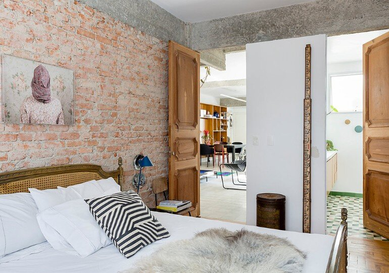 Stylish Brazilian Flat Displaying an Inspiring Eclectic Design (3)