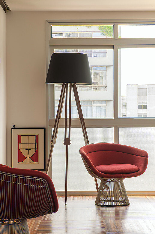 Urimonduba Apartment is a Mix of Genres and Styles (18)