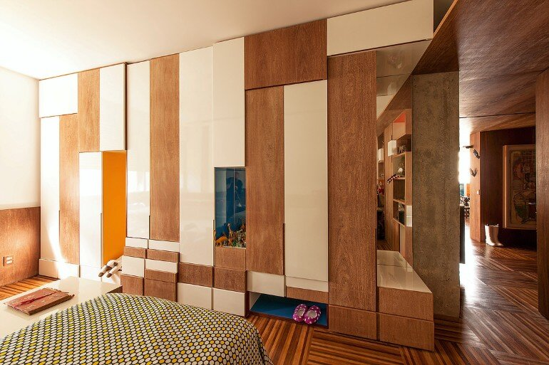 Urimonduba Apartment is a Mix of Genres and Styles (7)
