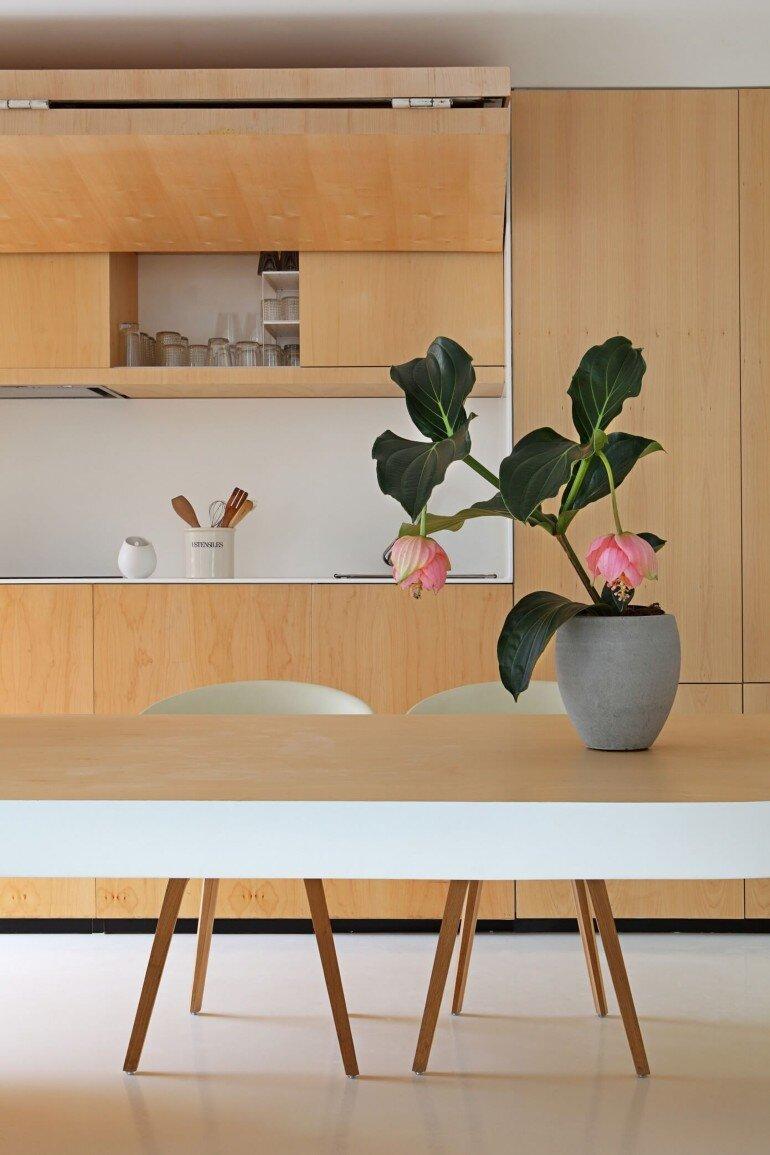 Valencia Penthouse Naturalness, Neutrality and Brightness (10)