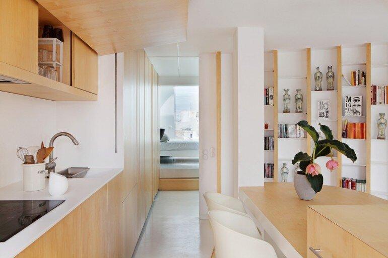 Valencia Penthouse Naturalness, Neutrality and Brightness (11)