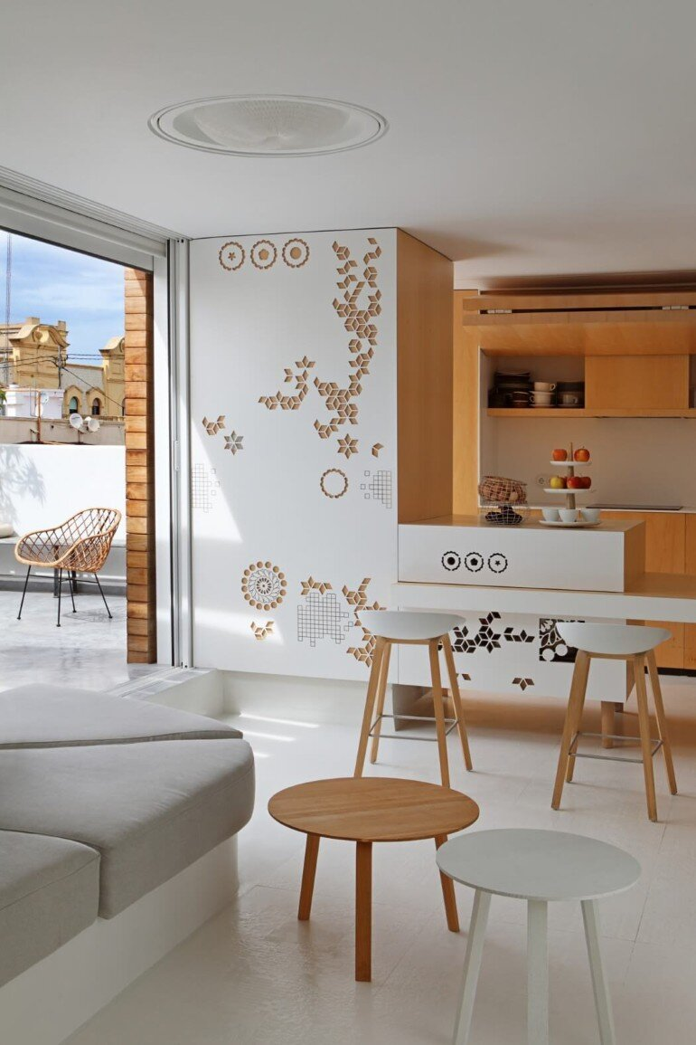Valencia Penthouse Naturalness, Neutrality and Brightness (9)