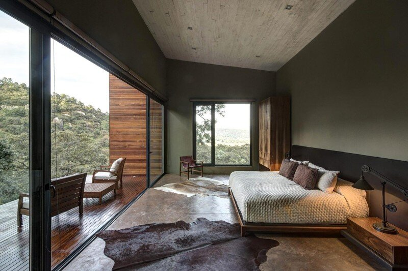 Weekend Retreat on the Edge of a Mountain (30)