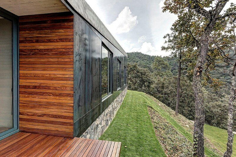 Weekend Retreat on the Edge of a Mountain (5)