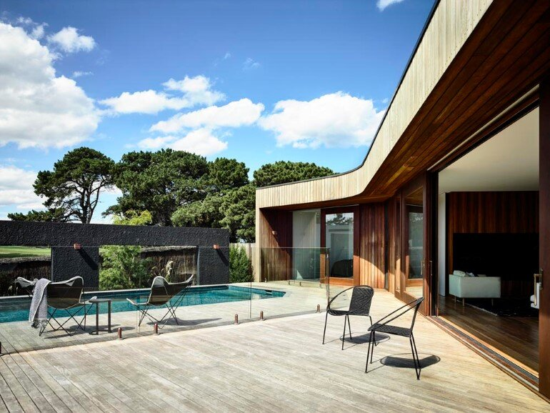 13th Beach Courtyard House by Auhaus Architecture (3)