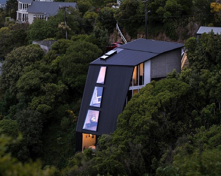 45 Degree House Can Be a Solution for Sites with Extreme Topography