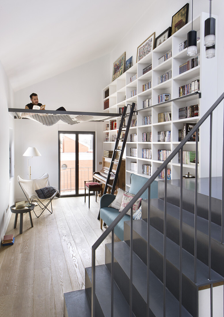A Live-in Tale - Old Madrid House Turned into a Welcoming home (26)
