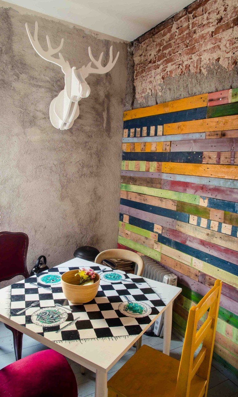 Acuarela Bistro is an Inviting Space for the Creative Community in Bucharest (22)
