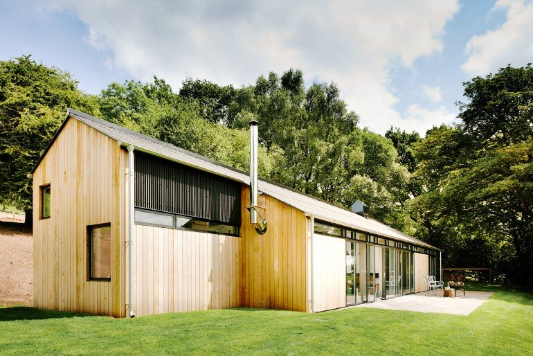 Chicken Shed – A Poultry Barn Converted into a Rural Holiday Home