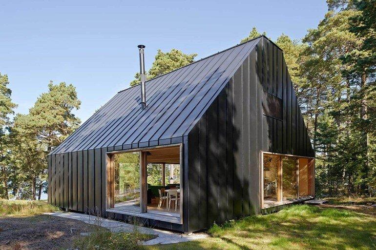 Classic Nordic Cabin - Husarö House by Tham & Videgård Arkitekter (5)