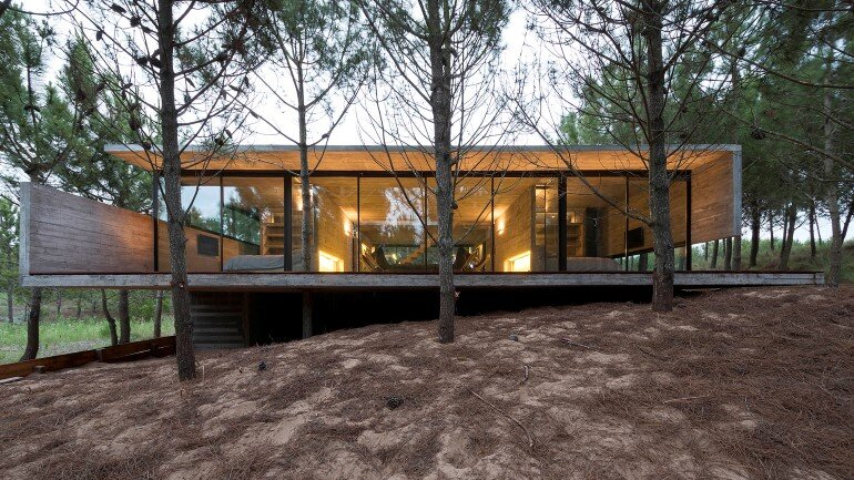 Concrete Holiday Retreat in Argentina by Luciano Kruk (24)