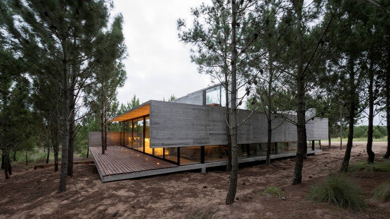 Concrete Holiday Retreat in Argentina by Luciano Kruk (29)