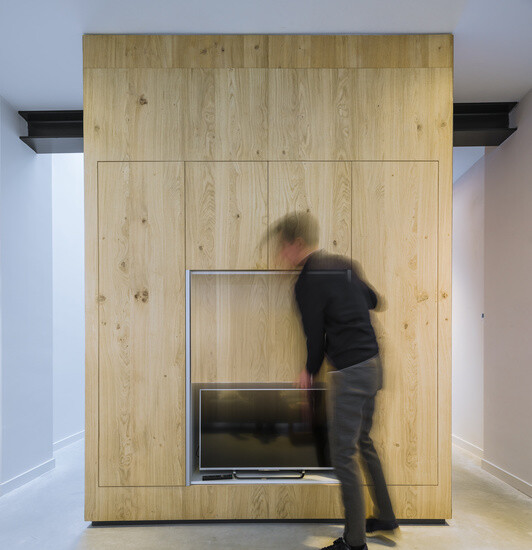 EVA Architecten have transformed an old workshop into a charming apartment (1)