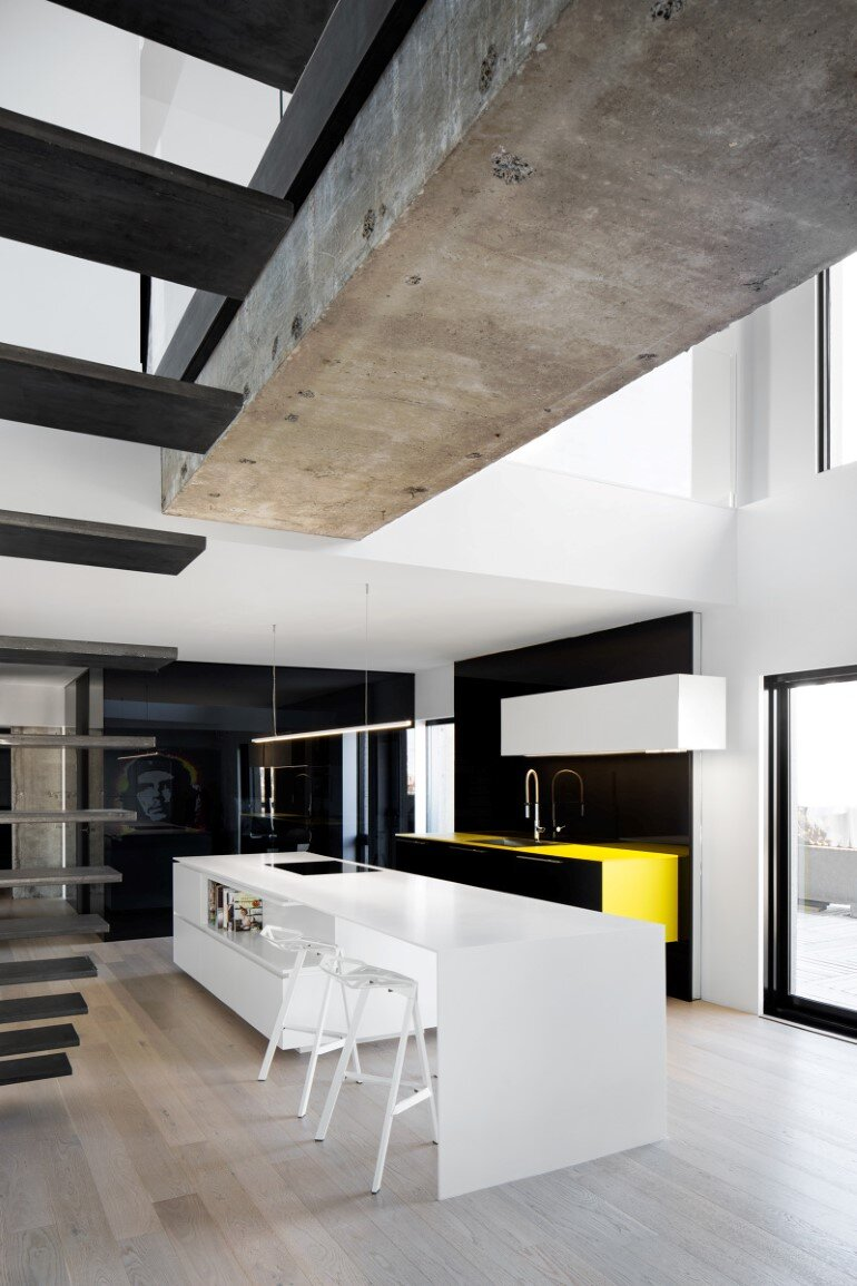 Habitat 67 - Minimalist Apartment Design in Montreal  (15)
