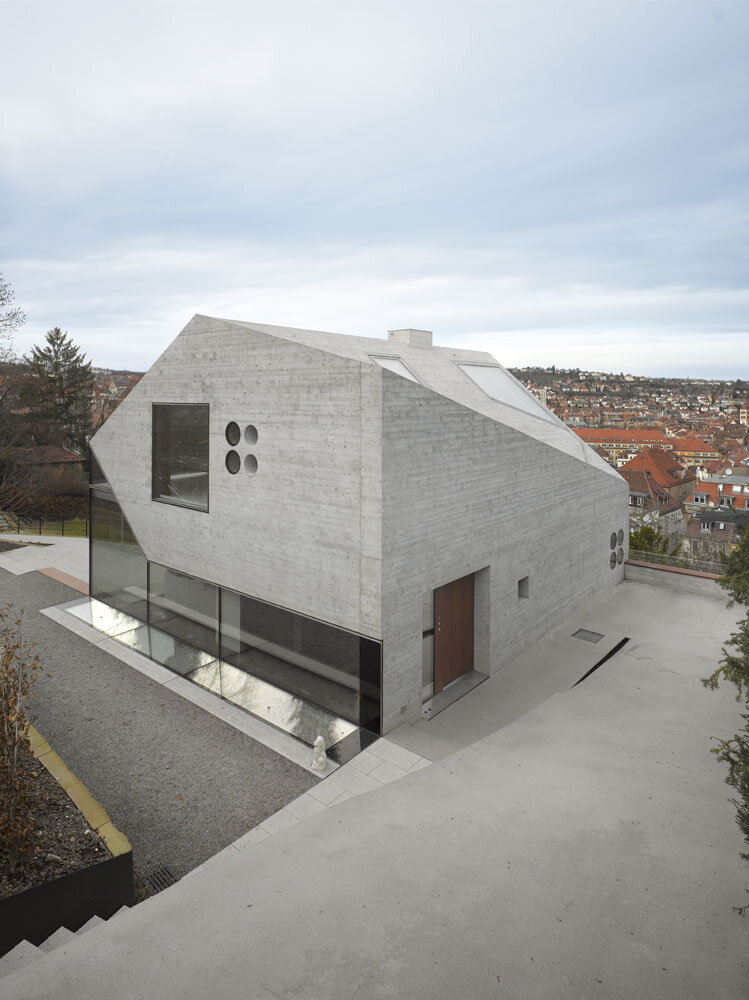 House 36 is Shaped like a Mountain Crystal Stuttgart (10)
