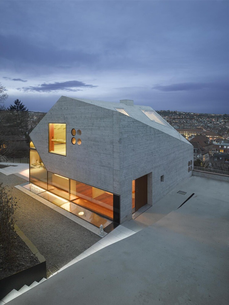 House 36 is Shaped like a Mountain Crystal / Stuttgart 6