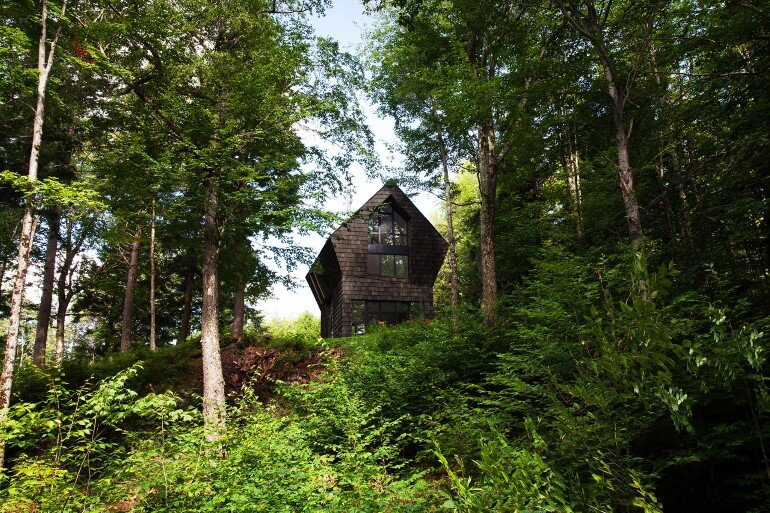 La Colombière Is A Refuge Perched In The Forest Reminding Us Of Bird Huts (1)