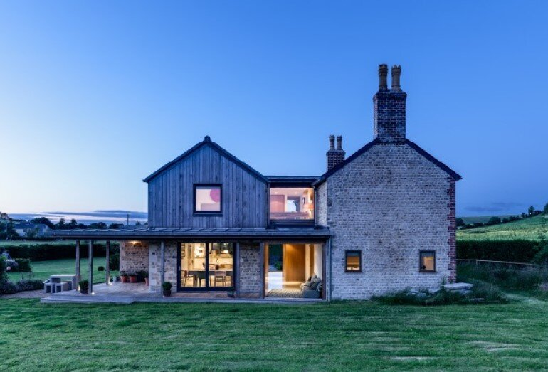 Laurel House - Contemporary Extension for a Delightful Traditional Cottage (1)