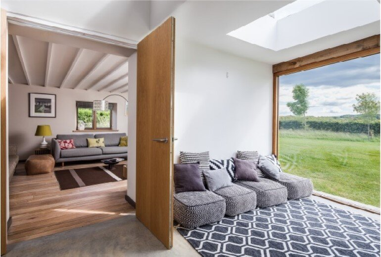 Laurel House - Contemporary Extension for a Delightful Traditional Cottage (6)