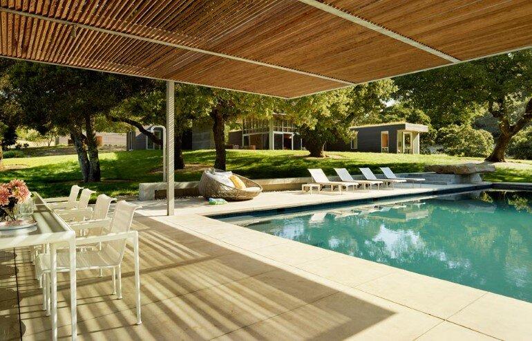 Net-Zero House Designed for OutdoorIndoor Summer Living - Sonoma Residence (10)