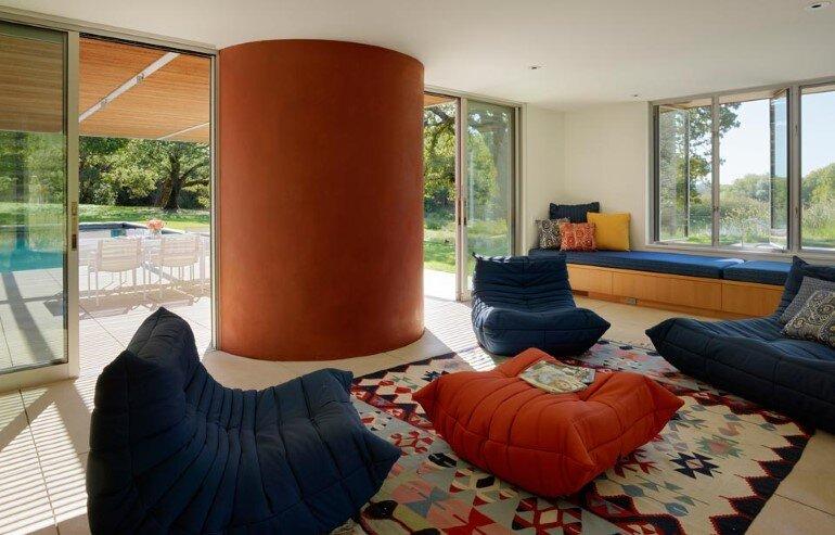 Net-Zero House Designed for OutdoorIndoor Summer Living - Sonoma Residence (11)