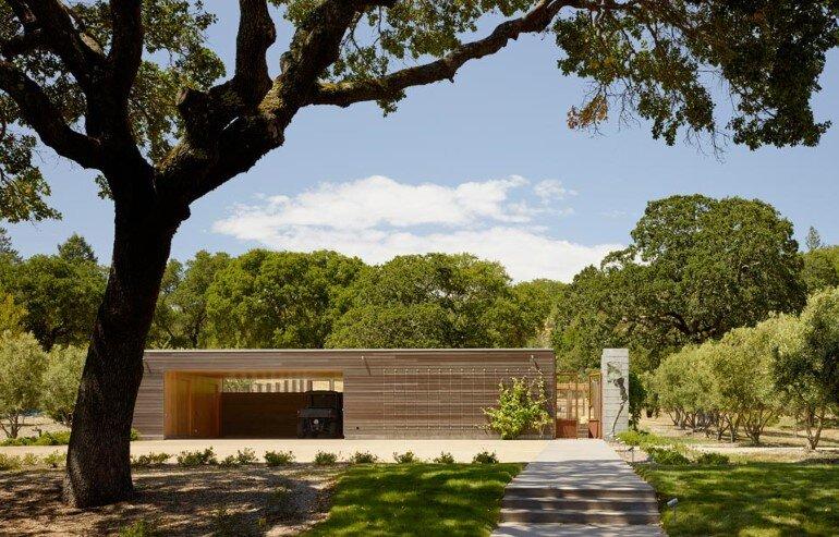 Net-Zero House Designed for OutdoorIndoor Summer Living - Sonoma Residence (13)