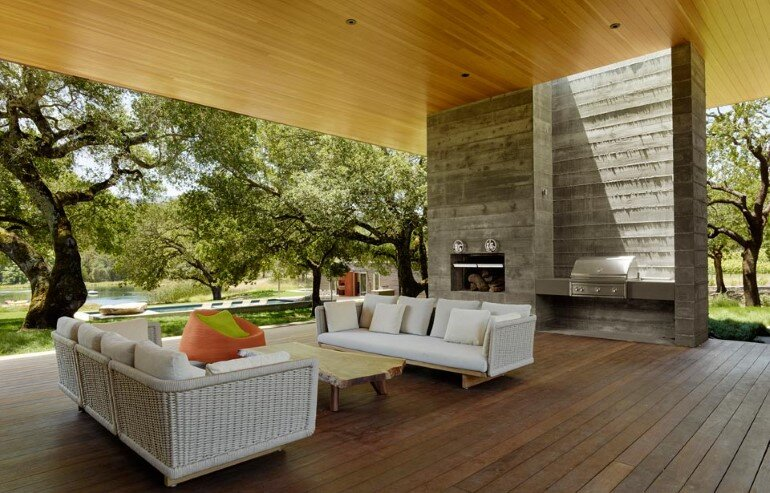 Net-Zero House Designed for Outdoor/Indoor Summer Living – Sonoma Residence