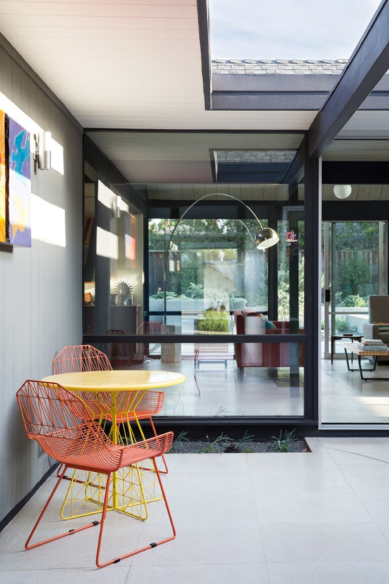 Renewed Classic Eichler Home in Silicon Valley by Klopf Architecture (22)