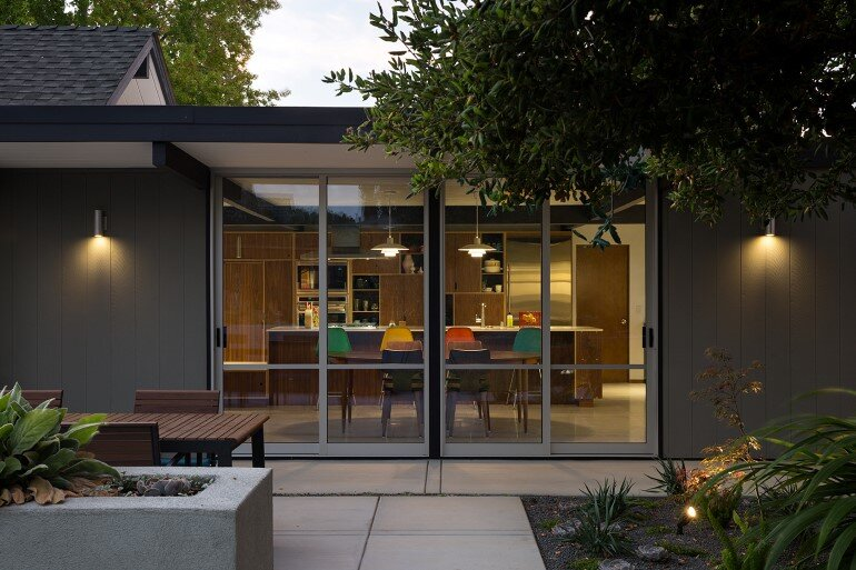 Renewed Classic Eichler Home in Silicon Valley by Klopf Architecture (5)