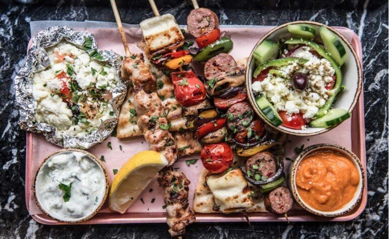 Suvlaki Restaurant Reflects an Authentic Urban Side of Greece (12)