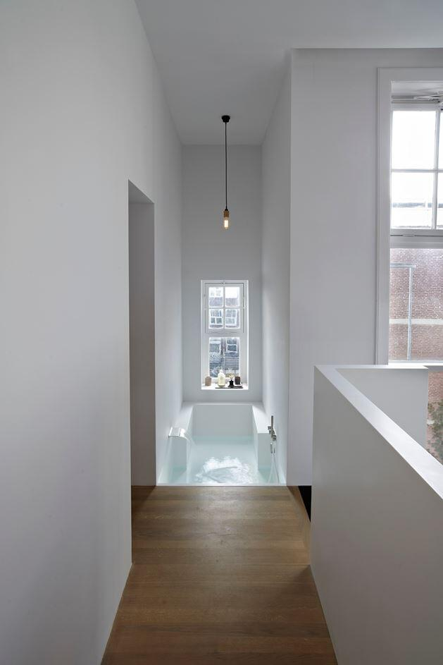 Canal House - Industrial Loft with Character in Amsterdam  (13)