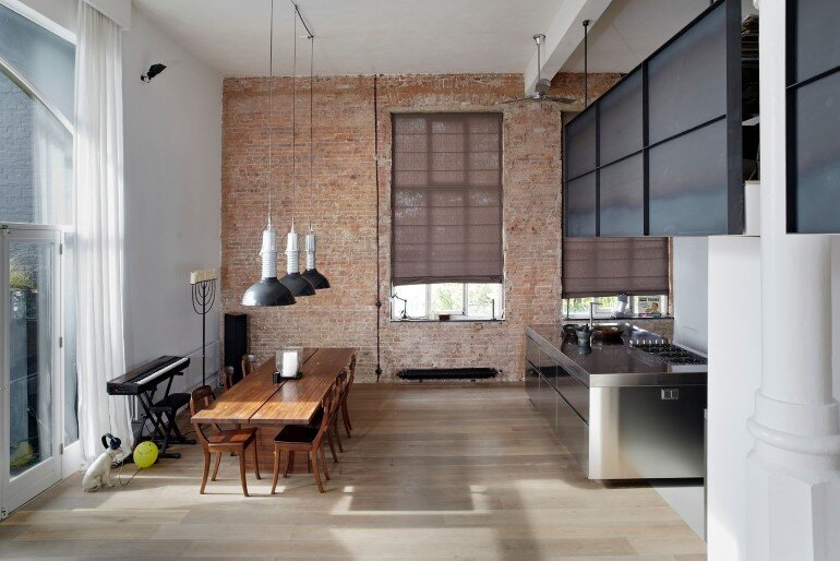Canal House - Industrial Loft with Character in Amsterdam  (20)