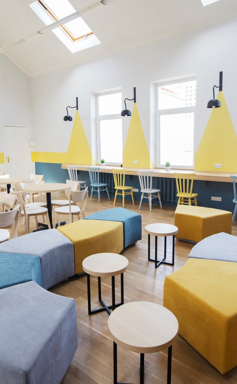 Coworking The Sun is a Comfortable Open Space for Work, Rest and Communication (9)
