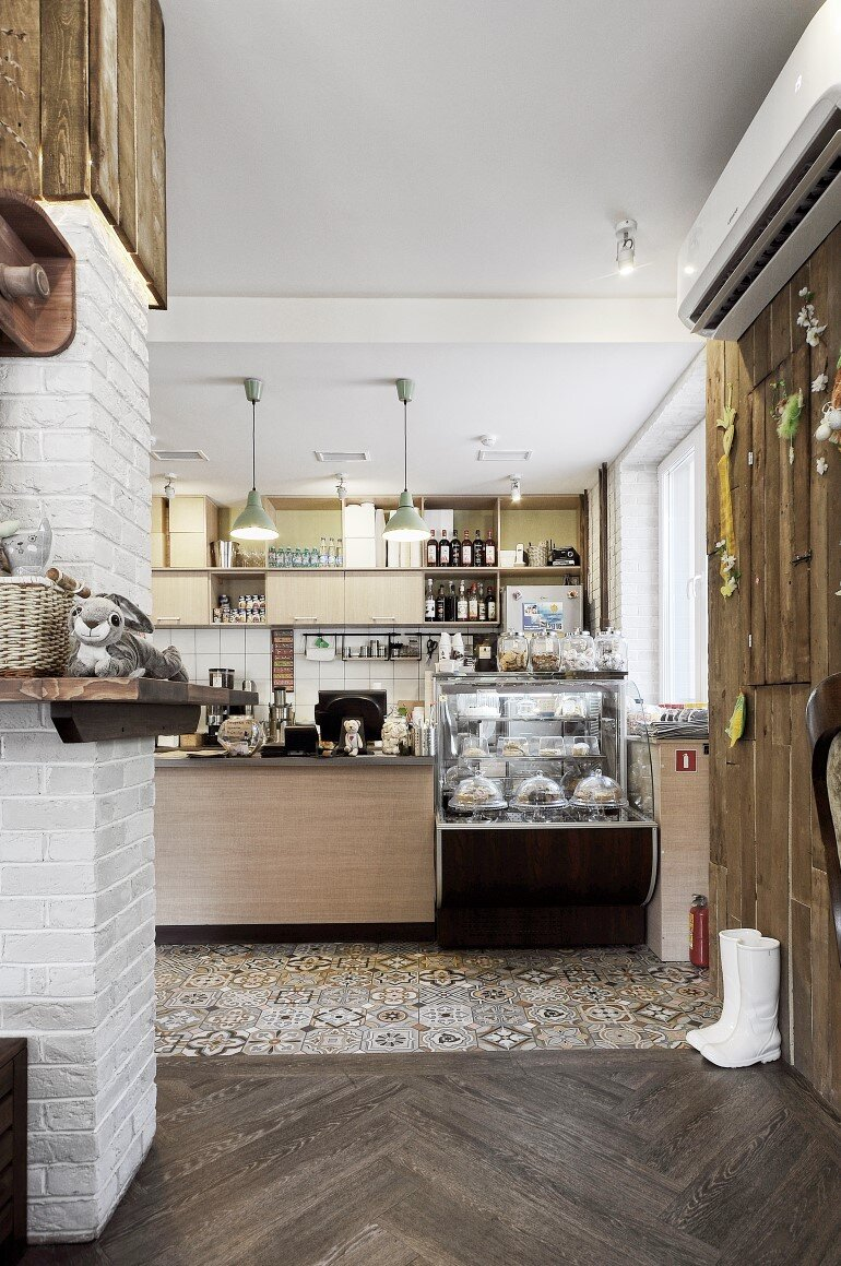 Fat Cat Coffee & Cake Located in the Russian City of Perm (2)