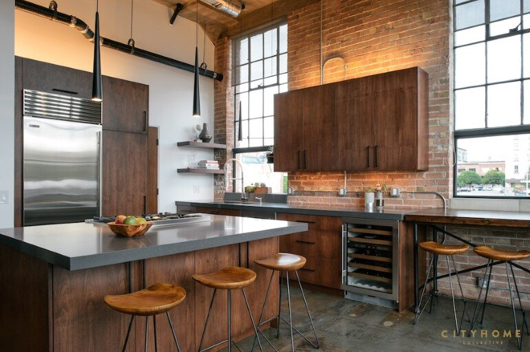 Industrial Loft With Gothic Accents in Salt Lake City (5)