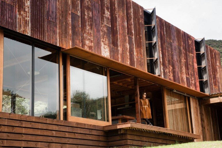 K Valley House - A Retreat for Film Makers by Herbst Architects (6)
