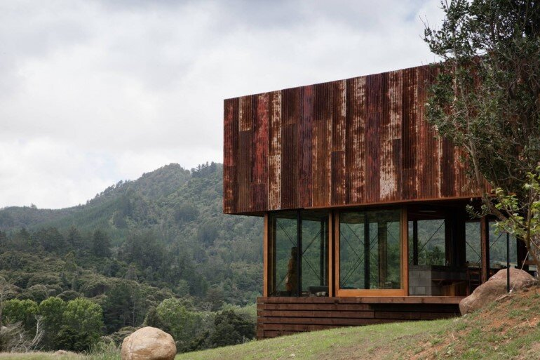 K Valley House - A Retreat for Film Makers by Herbst Architects (7)